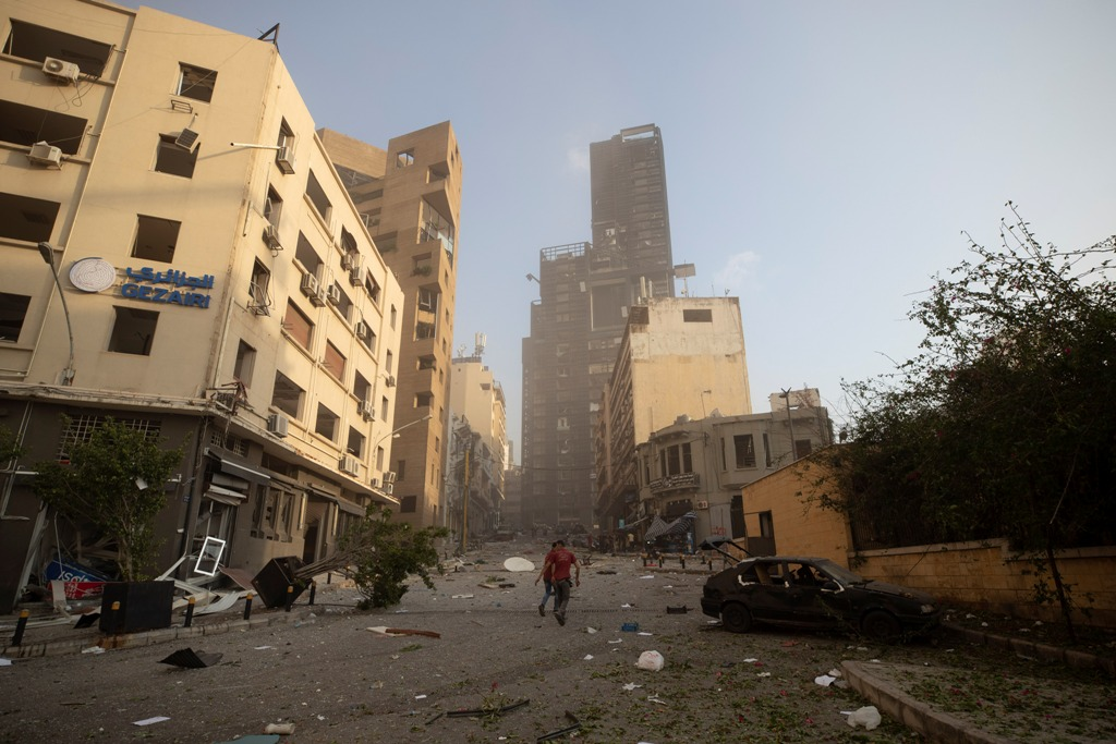 Βηρυτό: Εικόνες βιβλικής καταστροφής - Η πιθανή αιτία των εκρήξεων