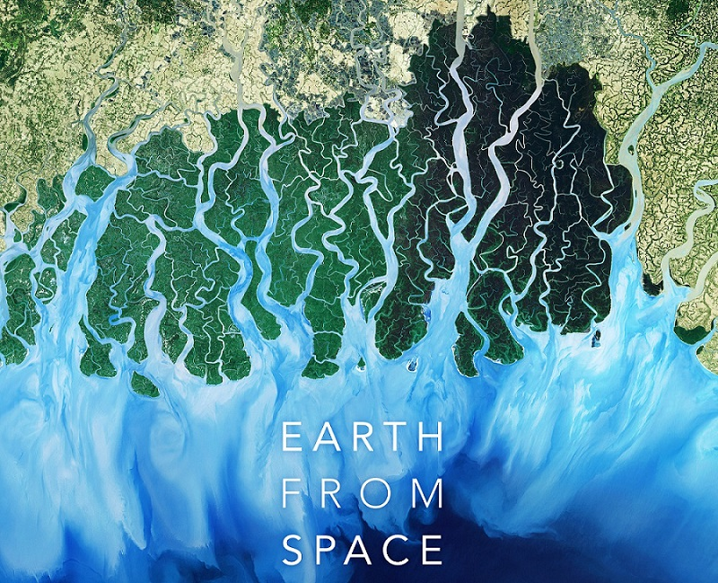 Ντοκιμαντέρ SERENGETI & EARTH FROM SPACE σε Α' τηλεοπτική μετάδοση στον ΣΚΑΪ