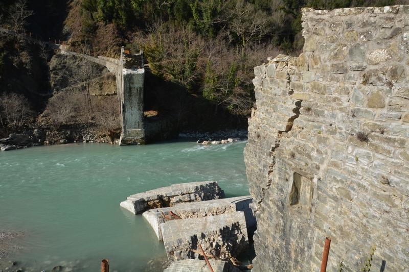 Αναστήλωση και ανάδειξη γέφυρας Αράχθου, στην Πλάκα