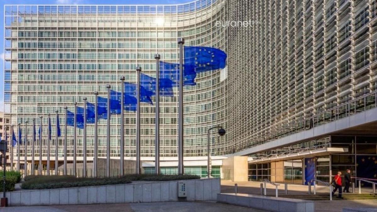 Ανάπτυξη 3,5% το 2021 και 5% το 2022 για την Ελλάδα εκτιμά η Κομισιόν