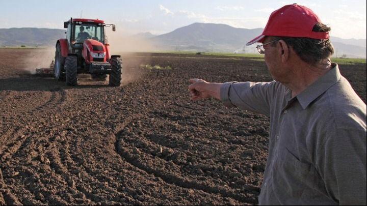 Σήμερα η καταβολή του 70% της βασικής ενίσχυσης σε αγρότες και παραγωγούς