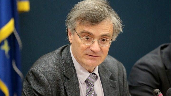 Κορωνοϊός - Τσιόδρας: Αν καταργήσουμε τα μέτρα σε 15 μέρες θα ...