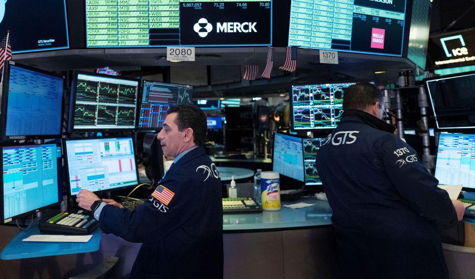 Θετική αντίδραση στην «ένεση ρευστότητας» της ΕΚΤ - Πέφτει το ελληνικό 10ετές