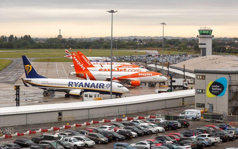 «Ιερά Συμμαχία»: British Airways, easyJet και Ryanair κατά Τζόνσον για την καραντίνα