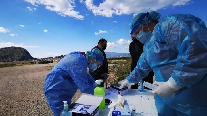 Κορωνοϊός-Ελλάδα: 2.604 νέα κρούσματα – 5 νέοι θάνατοι- 126 διασωληνωμένοι (πίνακες)