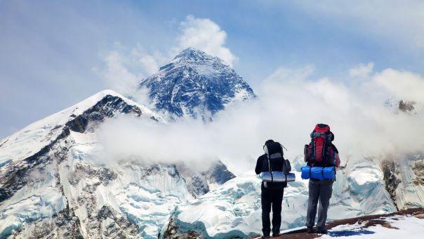 Αριθμός ρεκόρ ορειβατών κατέκτησε την κορυφή του Έβερεστ το 2019