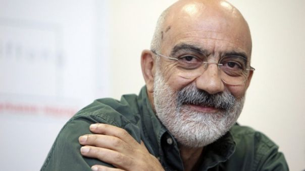 Τουρκία: Εφετείο ακύρωσε την καταδίκη του δημοσιογράφου Αλτάν - Διέταξε να απελευθερωθεί