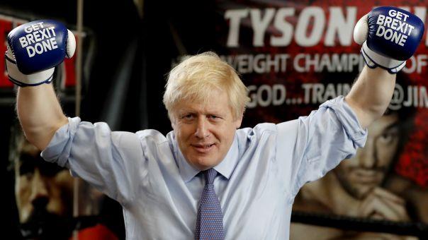 Δημοσκοπήσεις στη Βρετανία: Από διαφορά μόνο 6% έως αυτοδυναμία Τζόνσον