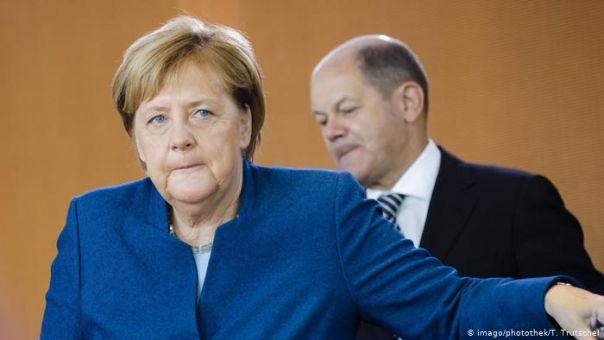 Γερμανία: Σύμβουλος υπουργείου βγάζει 93.000 ευρώ περισσότερα της Μέρκελ