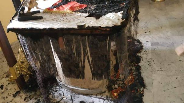 Βεβήλωση ναού στο Χαλκειό: Άγνωστοι έκαψαν την Αγία Τράπεζα