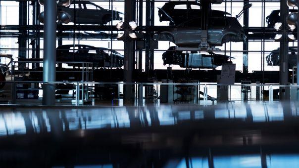 Ανησυχεί η αυτοκινητοβιομηχανία για άτακτο Brexit: Θα κοστίσει 110 δισ. ευρώ