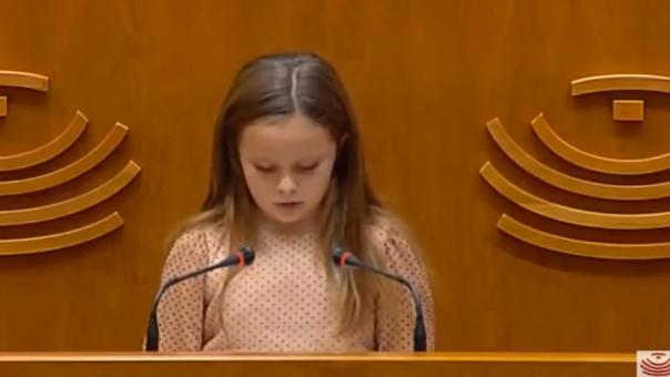 Ισπανία: Είναι η 8χρονη Έλσα, η νέα Γκρέτα Τούνμπεργκ για τα δικαιώματα των ΛΟΑΤΚΙ; (video)