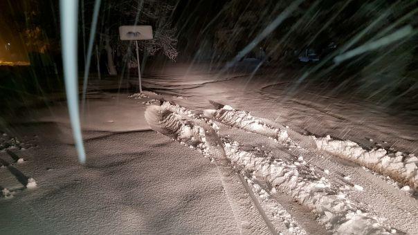 Εύβοια: Ζευγάρι χάθηκε λόγω της χιονόπτωσης- Διασώθηκε από την πυροσβεστική