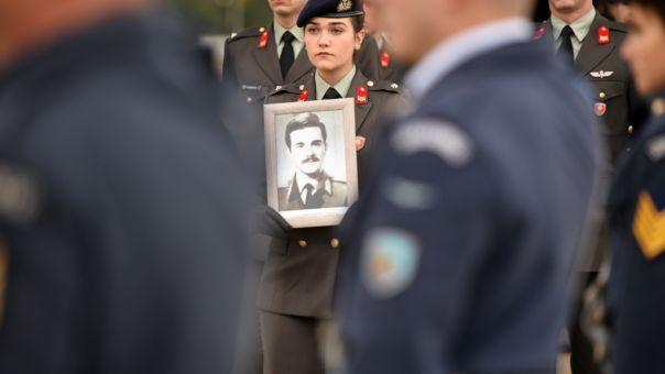 Τελετή υποδοχής των λειψάνων έξι Ελλήνων αγωνιστών της Κύπρου (pics)