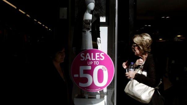 «Θύμα» του κορωνοϊού και οι θερινές εκπτώσεις-Χαμηλότερος τζίρος σε 8 στις 10 επιχειρήσεις