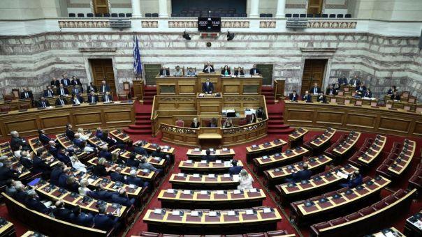 Υπερψηφίστηκε η τροπολογία για το ποδόσφαιρο: Ζήτημα κομματικής πειθαρχίας έθεσε η Ν.Δ.