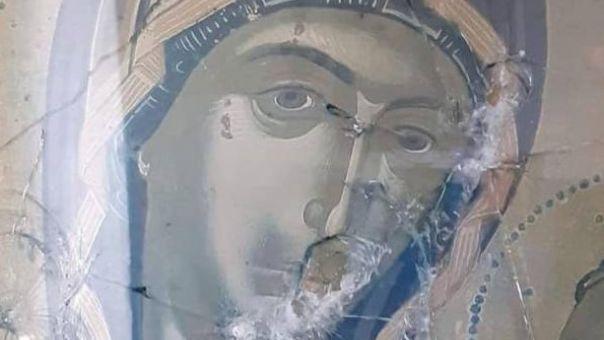 Βανδαλισμοί σε εκκλησάκια στη Θάσο- Πυροβόλησαν τις εικόνες (pic)