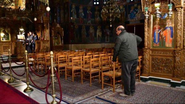 Ιερέας στην Εορδαία: Κάποιοι πληρώθηκαν για να πουν ότι πέθαναν από κορωνοϊό!