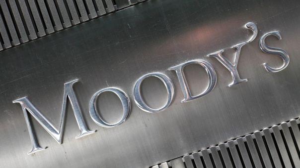 Αδιάφορα τα ελληνικά ομόλογα στην αναμενόμενη υποβάθμιση από την Moody's