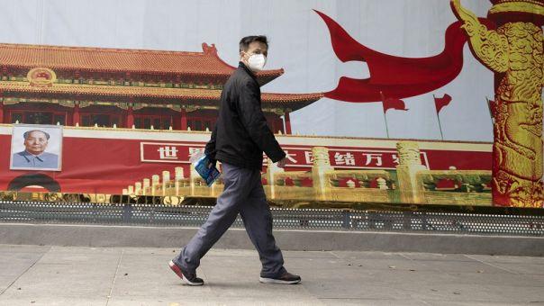 Kορωνοϊός: Στον αέρα το πόρισμα της αποστολής Π.Ο.Υ. στην Κίνα- Σύγκρουση Πεκίνου- Ουάσινγκτον