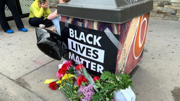 ΗΠΑ: Κατακραυγή για τον φρικτό θάνατο Αφροαμερικανού κατά τη  βίαιη προσαγωγή του