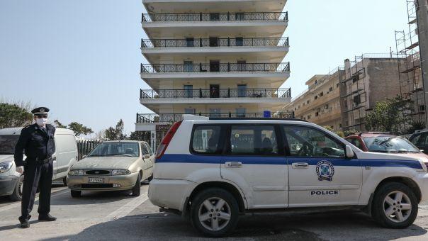 ΕΛΑΣ-Κορωνοϊός: Μια σύλληψη, 11 παραβάσεις καταστημάτων και 240 για μη χρήση μάσκας