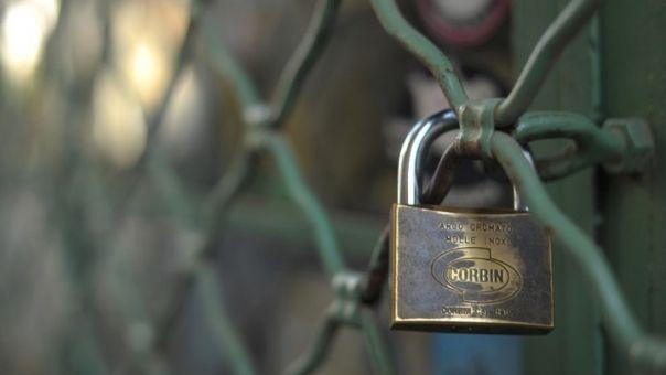 Μηδενικά ενοίκια τον Απρίλιο για κλειστές επιχειρήσεις - Η τροπολογία