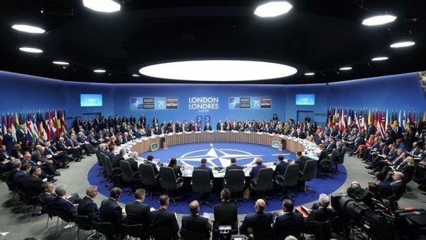 ΝΑΤΟ: Ανησυχία για τη συγκέντρωση ρωσικών δυνάμεων στα σύνορα της Ουκρανίας