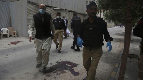 Ένοπλη επίθεση στο Πακιστάν με 6 νεκρούς - Σκοτώθηκαν και οι δράστες (pics)