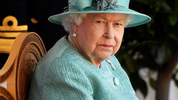 Για ποιο λόγο φοιτητές της Οξφόρδης αφαιρούν πορτρέτο της βασίλισσας Ελισάβετ