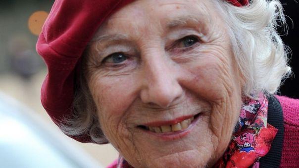 Ποιος ξεχνά την Βέρα Λιν; «Η Βρετανίδα που χαρακτήρισε καλύτερα το πνεύμα του 20ού αιώνα»