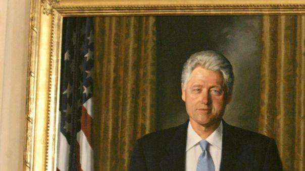Δεν θέλει να τους βλέπει ούτε ζωγραφιστούς: Ο Τραμπ «εξόρισε» τα πορτρέτα Κλίντον - Μπους