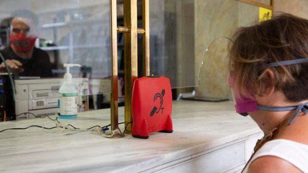 Δήμος Αθηναίων: Παρεμβάσεις για άτομα με δυσκολία ακοής που σπάνε κοινωνικούς αποκλεισμούς (ΦΩΤΟ)