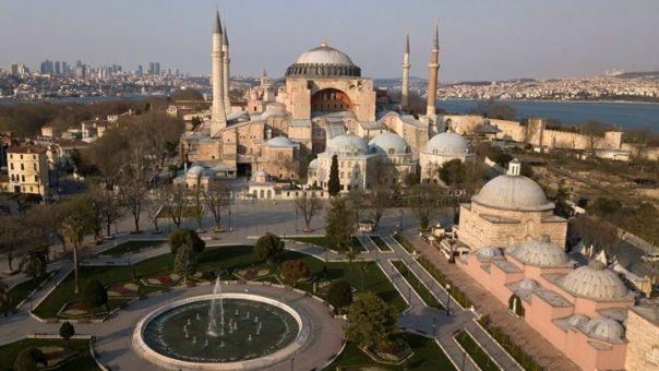 Έντονη διαμαρτυρία της Ελληνικής Εθνικής Επιτροπής για την UNESCO για τη μετατροπή της Αγίας Σοφίας σε τζαμί