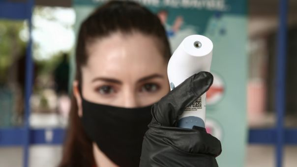 Νέα απόφαση για τις μάσκες: Πού θα είναι υποχρεωτικές και ποιοι εξαιρούνται από τη χρήση
