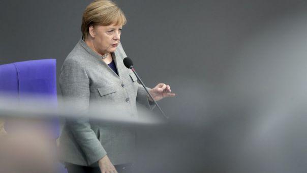 Στη Σύνοδο Κορυφής με «διάθεση για συμβιβασμό» η Μέρκελ