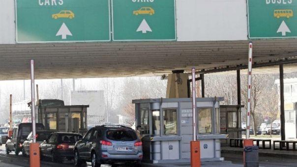 Προμαχώνας: Αυξημένη η κίνηση των αυτοκίνητων - Εκτεταμένοι έλεγχοι ΕΟΔΥ