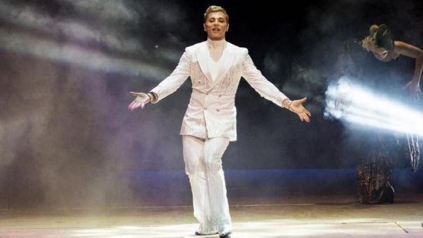 Θέατρο: Έλα μια Βόλτα … Ο Tάκης Ζαχαράτος στο Θέατρο Άλσος!
