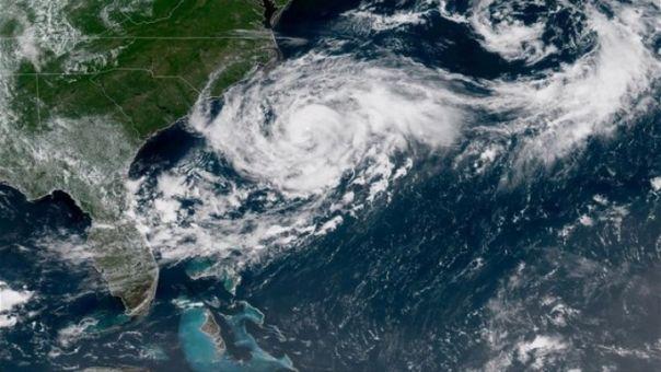 ΗΠΑ: Η καταιγίδα Ησαΐας θα επανέλθει σχεδόν σε τυφώνα όταν θα πλήξει Καρολίνες