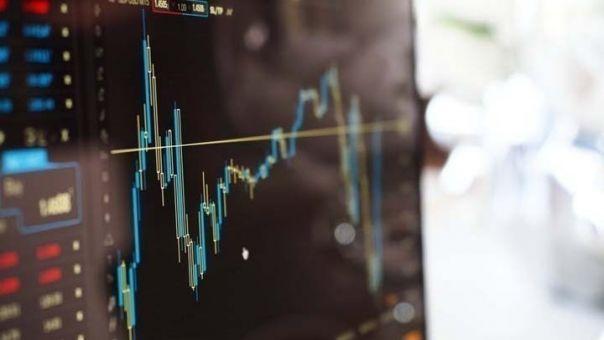 ΟΟΣΑ: Η ελληνική οικονομία θα αναπτυχθεί με ρυθμό 3,8% φέτος και 5% το 2022