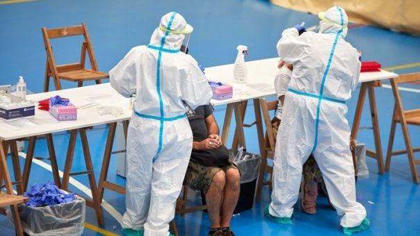 """Ισπανία-Κορωνοϊός: Ο εμβολιασμός είναι """"απίθανο"""" να γίνει υποχρεωτικός"""