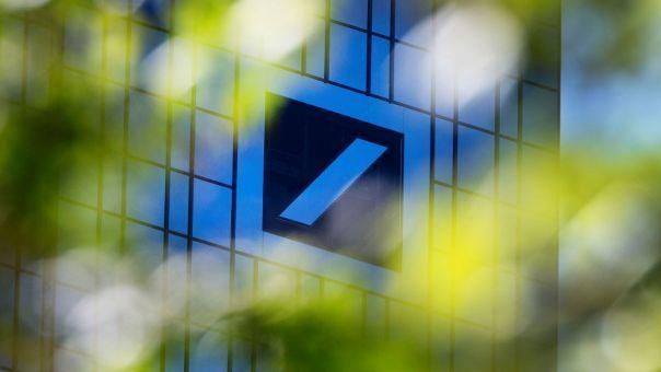 Η «αμαρτωλή» Deutsche Bank: Από τα τοξικά στεγαστικά στο ξέπλυμα