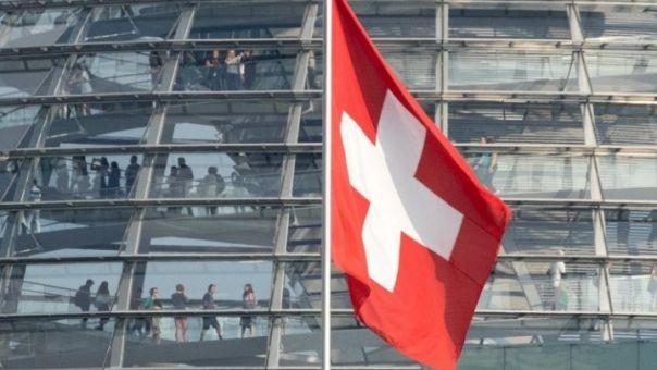 «Λεφτά υπάρχουν» στην Ελβετία: Μισθοί 3.800 ευρώ τον μήνα, αλλά «λίγα» για μια αξιοπρεπή ζωή