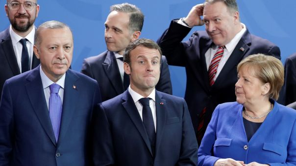 Bloomberg: Τι νόημα έχει η Ε.Ε. αν δεν στηρίξει την Ελλάδα απέναντι στην Τουρκία