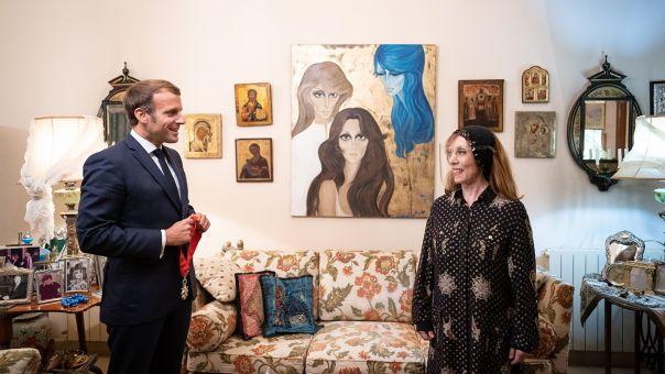 Λίβανος: Ο Μακρόν σνόμπαρε τους πολιτικούς – Στην τραγουδίστρια Φαϊρούζ η 1η επίσκεψη!