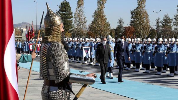 Στον Ισλαμικό κόσμο στρέφεται ο Ερντογάν για ρευστό - Βάζει «πλάτη» το Κατάρ στην Άγκυρα;