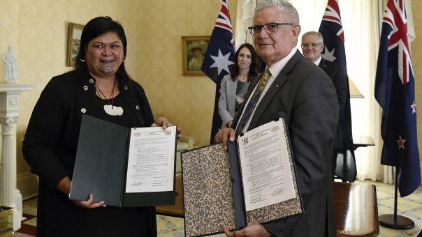 Νέα Ζηλανδία: Σάλος με σχόλια για το τατουαζ Μαορί στο πρόσωπο νέας υπουργού -Τι σημαίνει