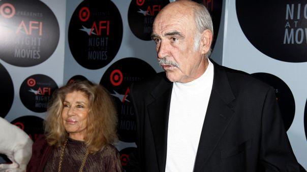Συγκλονίζει η σύζυγος του Σον Κόνερι: Είχε άνοια, δεν ήταν ζωή γι' αυτόν… Έφυγε όπως ήθελε
