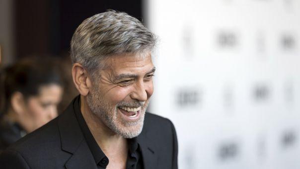 «Άστα τα μαλλάκια σου»: Γιατί ο Τζορτζ Κλούνει δεν έχει πάει κομμωτήριο εδώ και 25 χρόνια
