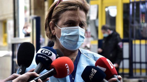 Κοτανίδου για Ιερώνυμο: Δεν ήρθε κανένα φάρμακο από την Αμερική
